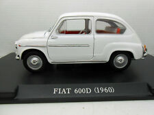 COCHE FIAT 600D 600 D 1960 ESCALA 1/24 1:24 MODEL CAR LEO MODELS ITALY seat