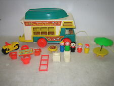 VINTAGE FISHER PRICE LITTLE PEOPLE FAMILY CAMPER #994 COMPLETE
