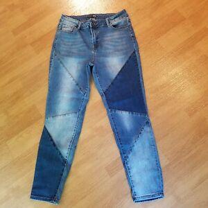 Fashion nova blue jeans patch look size 13 Cute!