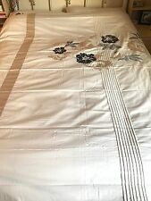 REDUCED * ORIENT EMBELLISHED DOUBLE DUVET COVER SET IN CREAM AND SILVER