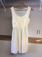 Moa Moa Womens Medium Cream Color Fabric Flowers Front Sleeveless Dress EUC