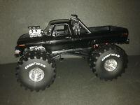 """Ford F-250 Ranger XLT Blackfoot Monster Truck 66-Inch Tires Umbau """"1 of 1"""" 1:18"""