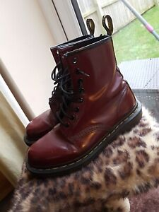 VINTAGE DR MARTENS OXBLOOD BOOTS SIZE UK 5 YELLOW STICH 8 HOLE