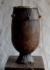 alte grosse Trommel, vermutlich afrikanischen Ursprungs