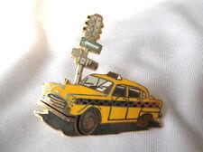 Pin's  Démons et Merveilles taxis New-York
