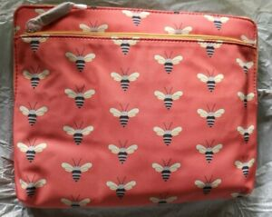 """NEW FOSSIL iPad Tablet Case Bees Sleeve Pink Multi 9.5"""" X 7.5"""" INTERNAL SEALED"""