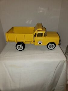 VINTAGE PRESS STEEL NYLINT YELLOW DUMP TRUCK NO 5000 VERY GOOD