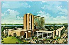 Dutch Inn Hotel & Golf Resort at Lake Buena Vista Walt Disney World Postcard