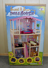 NEW  WOOD  SWEET & SUNNY TOY DOLL HOUSE  BY SMALL POTATOES