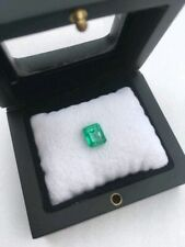 One 1.65ct natural Columbian Emerald