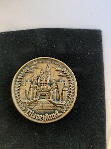 Vintage DISNEYLAND COIN 5 LANDS & MAIN ST. Walt Disney Company Bronze Souvenir