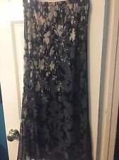 Adrianna Papell 2 Piece Set Skirt And Top Black With Nude/blush Floral Size 8