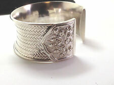 Gorgeous Silver 925 cuff bracelet.