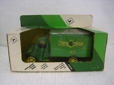 ERTL John Deere & Company Harvester & Thresher Service No. 102 Truck Bank