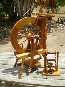 Ashford  traveller spinning wheel single treadle & 5 spools made in new zealand