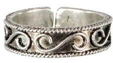 Adjustable White Metal Filigree Toe Ring!
