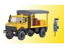 Kibri 10770 H0 LKW Unimog Abschmierfahrzeug GleisBau mit LED-Beleuchtung