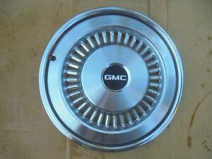 "GMC SPRINT 15"" WHEEL COVER HUB CAP 71 72 73 74 75 76 77"