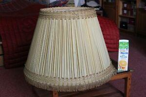 Grand Abat-jour en soie plissé