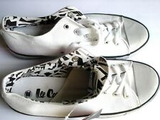 NEW LEE COOPER CANVAS TRAINERS SIZE UK 6.5 WHITE RUBBER SOLE LACE SHOES NO BOX