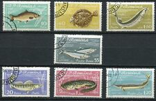 LOT DE 7 TIMBRES ROUMANIE THEMES POISSONS