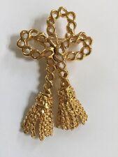 ST. JOHN Jewelry Gold Tone Tassel Chain Pin - Brooch