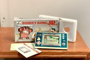 Nintendo Donkey Kong JR Game and Watch vintage 1982