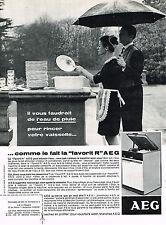 PUBLICITE ADVERTISING 054  1966   AEG    lave vaisselle FAVORIT