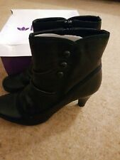 Lotus Black Leather 6.5 Ankle Boots