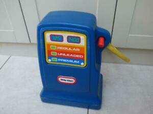 Little Tikes Petrol pump for Cozy Coupe. Will post