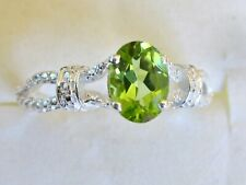 Peridot Solitaire Ring / size 5 / 925 Sterling Silver, 1.35cts