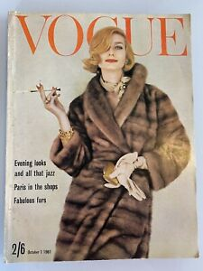 VOGUE Magazine 1961 October COMPLIMENTARY GIFT WRAP Fast dispatch