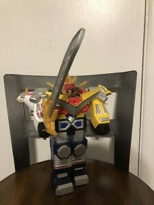 Power Rangers Lost Galaxy Deluxe Charging Galaxy Megazord With Sword
