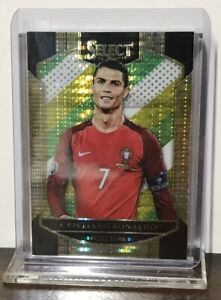 2016-17 CRISTIANO RONALDO JUVENTUS PANINI SELECT MULTI COLOR PRIZM #1 PORTUGAL