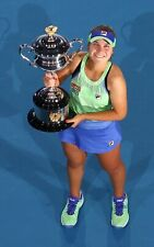 TENNIS SUPERSTAR SOFIA KENIN WINS 2020 AUSTRALIAN OPEN  8X10 PHOTO W/BORDERS