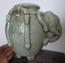 Grand Antique Thai Sawankhalok céladon grès éléphant zoomorphe vase