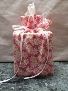 Daisies Flowers on pink cotton Fabric square Tissue Box Cover / handmade