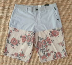 QUIKSILVER AMPHIBIAN Grey Floral Walk  Shorts for the water Size 30