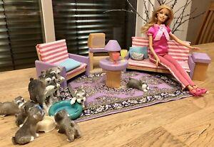 Barbie Wohnzimmer mit Puppe und Zubehör