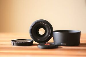 SONY SAL35F18 DT 35mm F1.8 SAM AF/MF α A mount Prime lense N.Mint from Japan 172