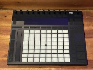 ableton push 2 BRAND NEW NEVER USED PERFECT CONDITION