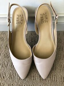 NATURALIZER BLUSH LEATHER SLING BACK SHOES SIZE 6 PRE-OWNED. EXCELLENT CONDITION