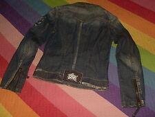 Chamarra lois jeans bordada desgastada con el logo en botones y parte trasera M