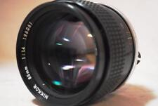 [NEAR MINT] Nikon Ai-s Nikkor 85mm F1.4 Lens with Filter,Cap From Japan