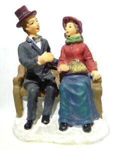 Grandeur Noel Victorian Village Couple On a Bench Christmas 2003 Replacement
