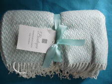 Blanked Bautique Light Blue Color Herringbone Throw 100% Acryl
