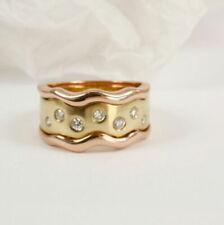 Diamant aus Gelbgold mit Diamanten