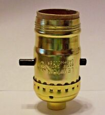 LEVITON BRASS PLATED PUSH-THRU LAMP SOCKET WITH UNO THREADS NEW 40202GJB