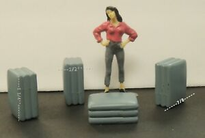 4 PCS.  MULTI USE grey plastic ACCESSORIES  1:24 (G) scale DIORAMA  NEW!