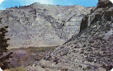 postcard USA  Wyoming Switchbacks and cliffs in Ten sleeps canyon   unposted